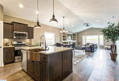 richland Single Family Home For Sale: 4384 Corvina St