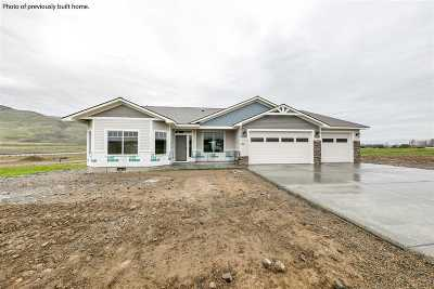 Kennewick Single Family Home For Sale: 2111 S Gum St