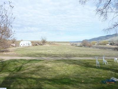 prosser Farm & Ranch For Sale: 80408 W Old Inland Empire Highway