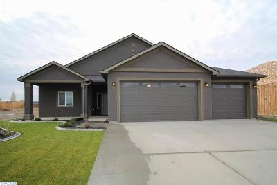Pasco Single Family Home For Sale: 8814 Sophie Rae Court