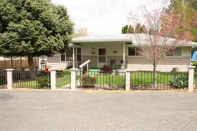 Prosser WA Single Family Home Sold: $169,000