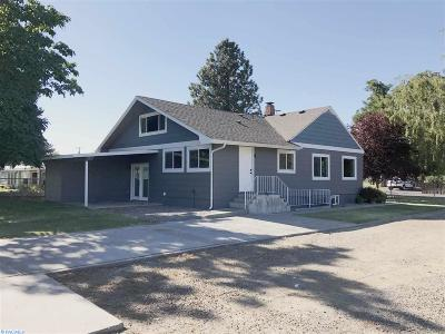 Kennewick Single Family Home For Sale: 506 E 23rd Ave