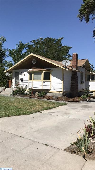 Pasco Single Family Home For Sale: 713 W Nixon