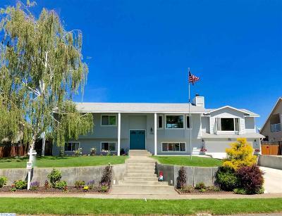Pasco Single Family Home Active U/C W/ Bump: 4709 Hilltop Drive