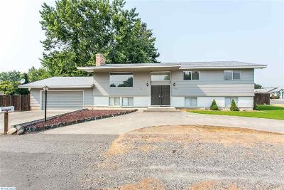 Pasco Single Family Home For Sale: 3309 W Ella St