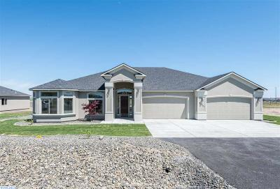 Kennewick Single Family Home For Sale: 83702 Sagebrush Rd