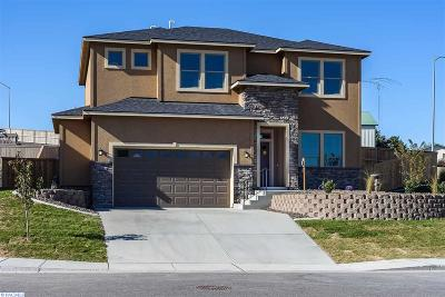 richland Single Family Home For Sale: 1013 Cayuse Drive