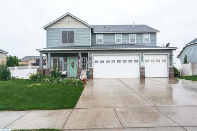 Pasco Single Family Home For Sale: 4908 Monrovia Lane