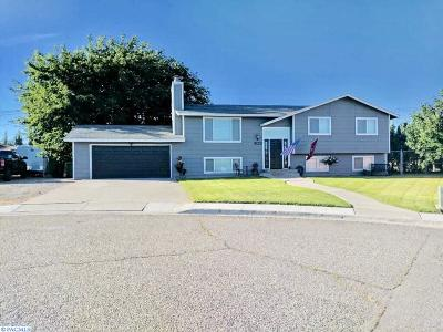 West Richland Single Family Home For Sale: 5122 Wren Court
