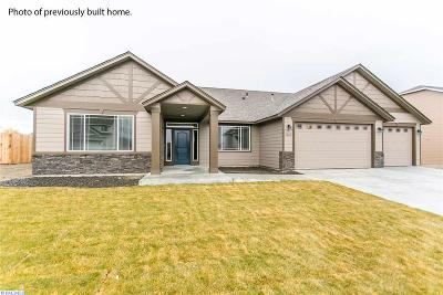 West Richland Single Family Home For Sale: 6079 Juneberry Drive