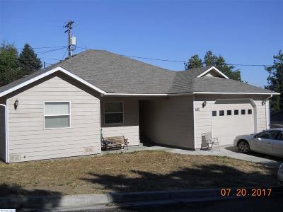 Sunnyside Single Family Home For Sale: 680 Hamilton Dr.
