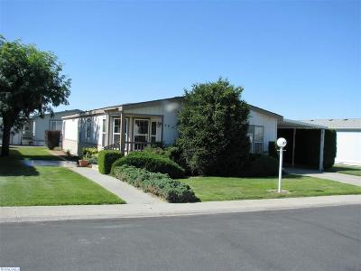 Kennewick Mobile/Manufactured For Sale: 312 S Columbia Center Blvd. #85 #85