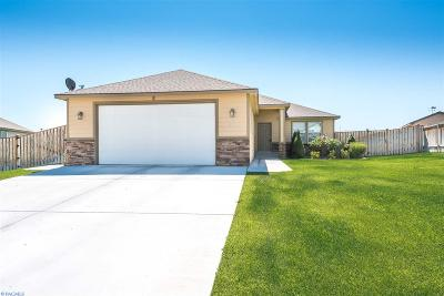 Kennewick Single Family Home For Sale: 3703 W 22nd Ave.