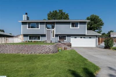 West Richland Single Family Home For Sale: 5104 Dove Lane