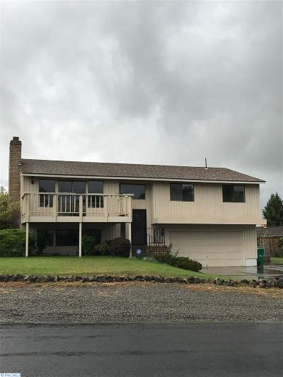Kennewick Single Family Home For Sale: 1305 N Arthur St.