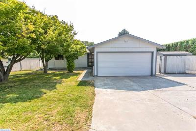Kennewick Single Family Home For Sale: 3611 S Cascade St