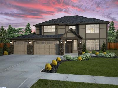 Pasco Single Family Home For Sale: 8816 Landon