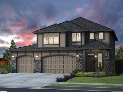Pasco Single Family Home For Sale: 8909 Landon Ct
