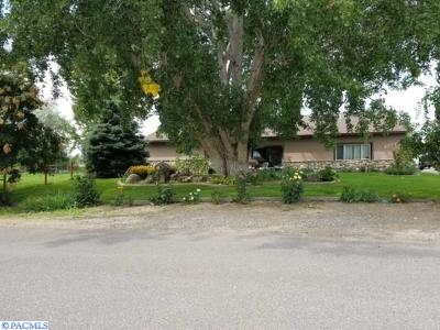 Kennewick Single Family Home For Sale: 1308 S Conway