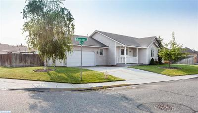 Kennewick Single Family Home For Sale: 2443 Rhode Island Court