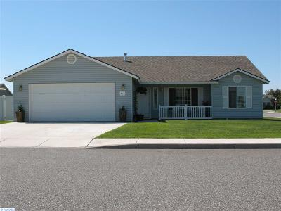Pasco Single Family Home For Sale: 8012 Chehalis Dr.
