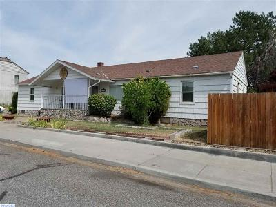 Richland Single Family Home For Sale: 1306 Farrell Ln