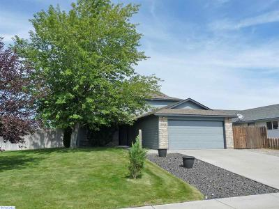 West Richland Single Family Home For Sale: 5004 Holly Way