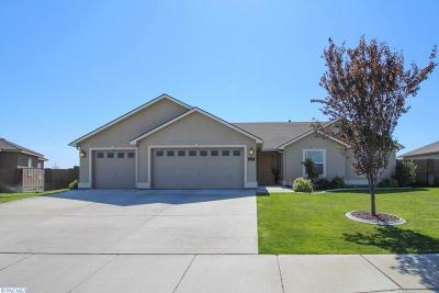 First Place Ph1, First Place Ph2, First Place Ph3, First Place Ph4, First Place Ph6 Single Family Home For Sale: 4438 Tamarisk Drive