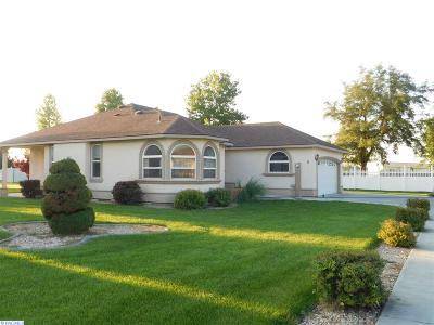 Ivy Glades Phas Single Family Home For Sale: 6 Apeldorn Ct.