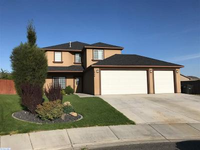 West Richland Single Family Home For Sale: 1904 Silverton Court