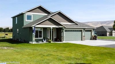 Prosser Single Family Home For Sale: 11711 Paige Lane