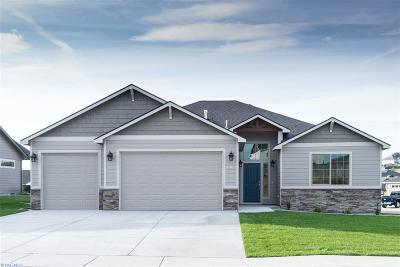 Pasco Single Family Home For Sale: 4809 Bighorn Drive