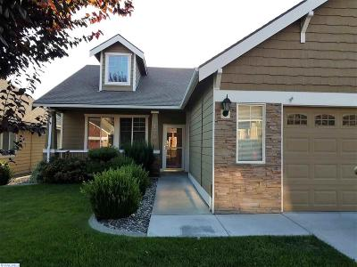 Kennewick Condo/Townhouse For Sale: 7700 W 21st Ave