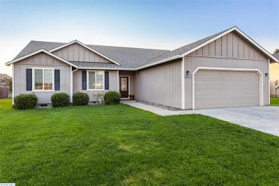 West Richland Single Family Home For Sale: 3211 Kristin Ct.