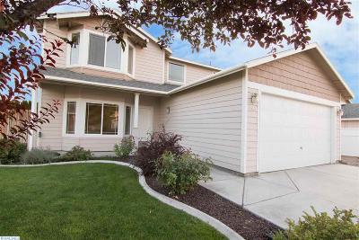 Pasco Single Family Home For Sale: 4506 Kubota Lane