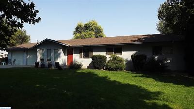 Prosser Single Family Home For Sale: 8401 N Missimer Road
