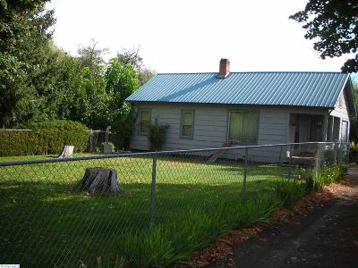 Benton County Single Family Home For Sale: 17101 N Hinzerling Road