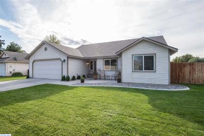 Benton County Single Family Home For Sale: 645 N Neel St