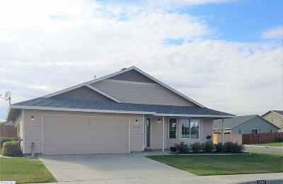Pasco Single Family Home For Sale: 5204 Montague Lane