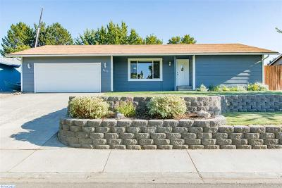 West Richland Single Family Home For Sale: 4835 Blue Heron Blvd