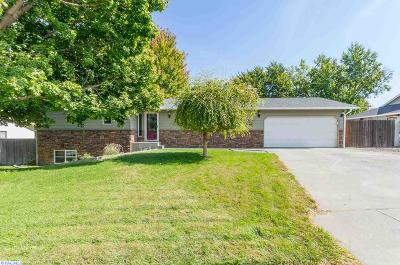 Benton County Single Family Home For Sale: 3803 S Waverly