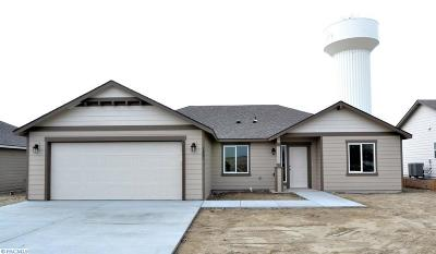 Benton City Single Family Home For Sale: 1467 12th St