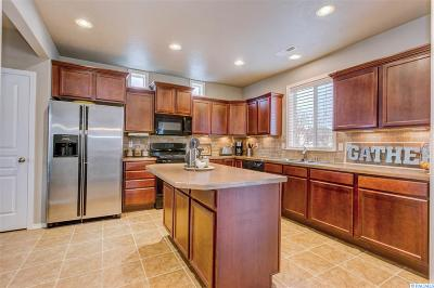 Kennewick Single Family Home For Sale: 3301 S Volland St