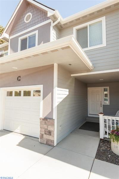 Kennewick Condo/Townhouse For Sale: 80 S Dawes St #C