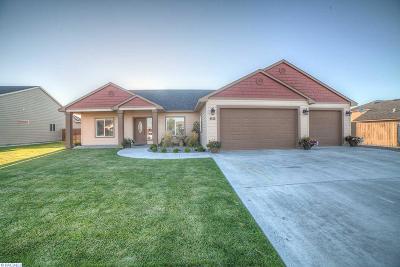 Pasco Single Family Home For Sale: 4616 Santa Rosa Ct