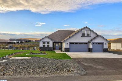 Kennewick Single Family Home For Sale: 90603 Sagebrush Road