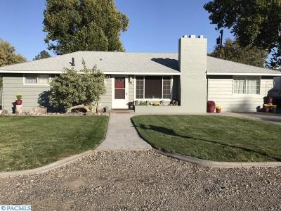 Kennewick Single Family Home For Sale: 15 S Reed