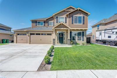 Pasco Single Family Home For Sale: 4108 St. Paul Ln