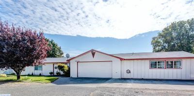 Pasco Single Family Home For Sale: 5012 W Nixon St