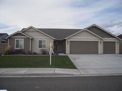 Pasco Single Family Home For Sale: 4907 Indian Ridge Dr
